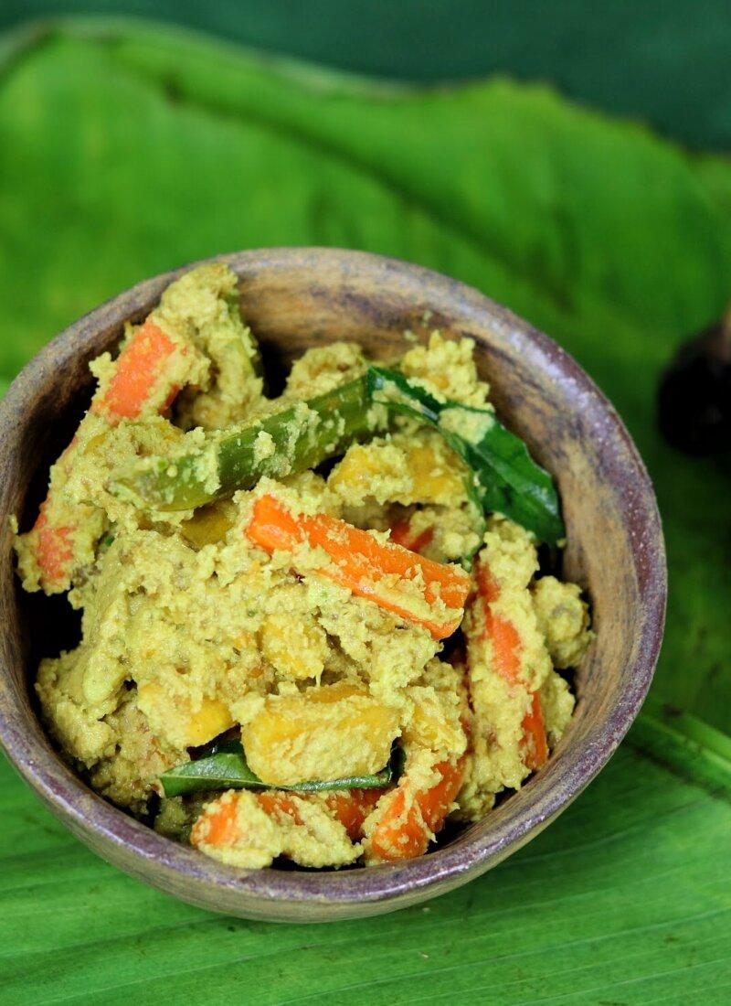 Kerala-Style Aviyal (Onam Sadhya Recipe)