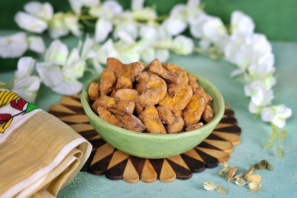 Sarkara Varatti (Spiced Plantain Chips)