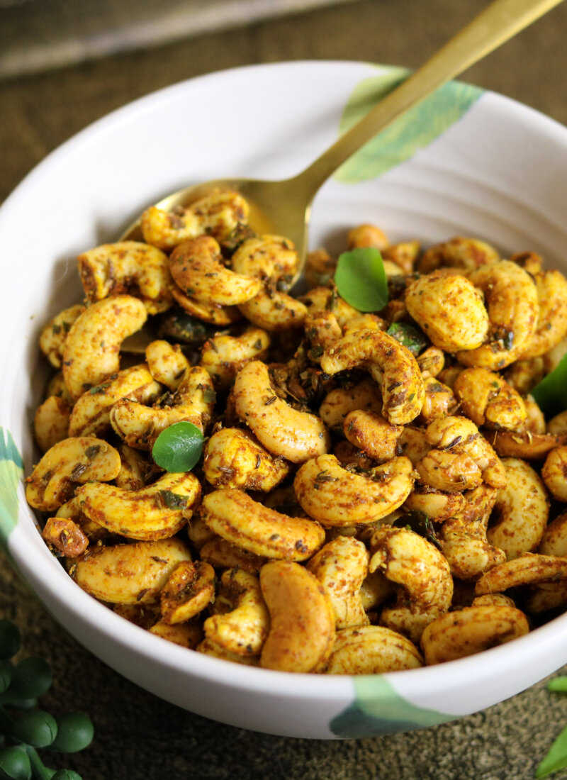Spicy Indian Cashews